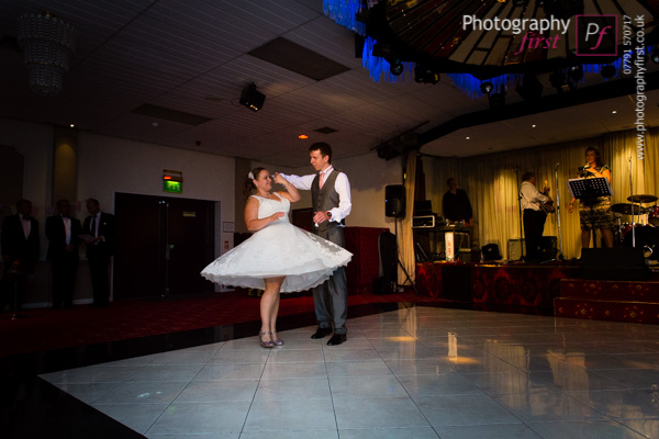 Llanelli Wedding Photography (7)