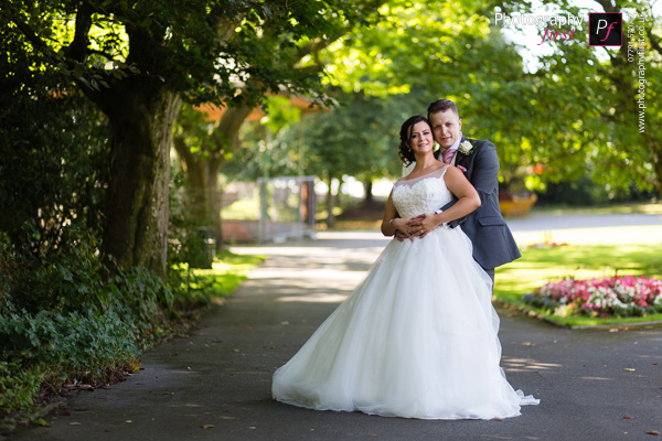 South Wales Wedding Photographer (27)