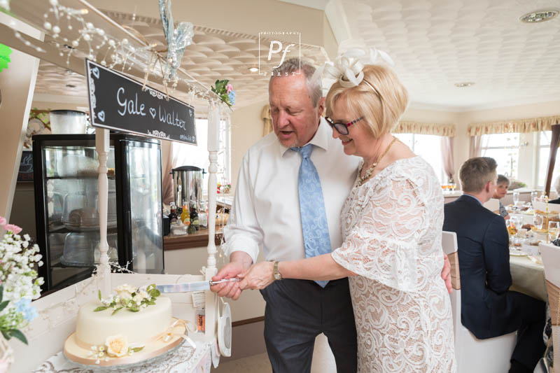 Carmarthenshire Wedding Photographer (19)