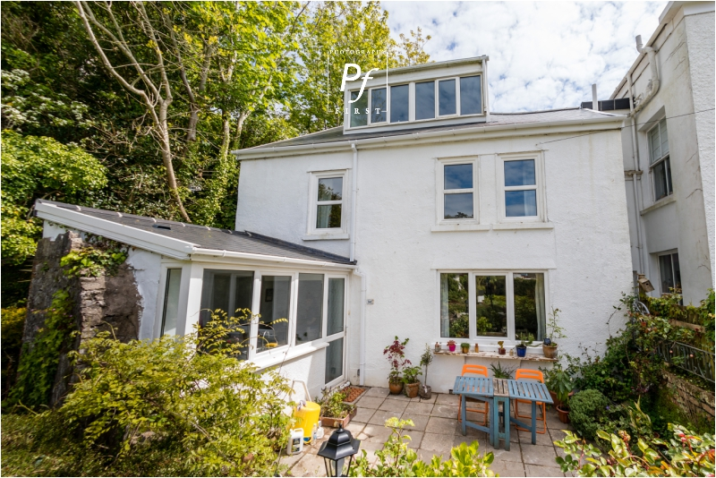 Artist's Retreat Just Minutes From The Beach | Mumbles Property Photographer